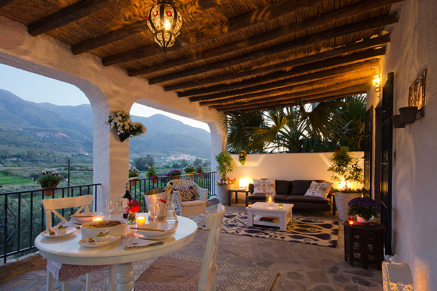 The private terrace of suite 1 by night