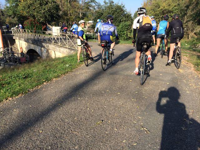 passage du Pont au port de Buzet