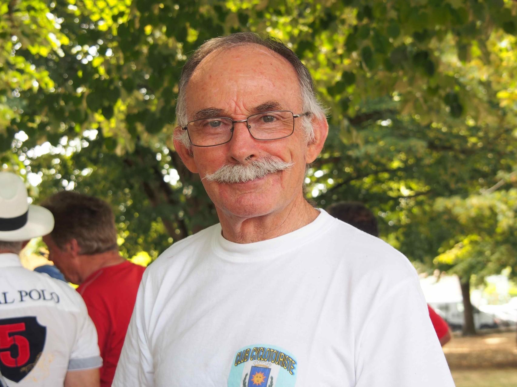 Charles ou les plus belles moustaches du CCA