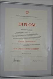 Diplom Eidg. Kosmetikerin