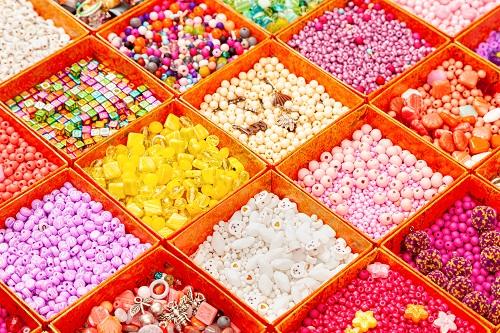 Über 100 Perlenschachtel