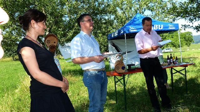 NABU Südbaden Geschäftsführer Felix Bergmann begrüßt die Gäste