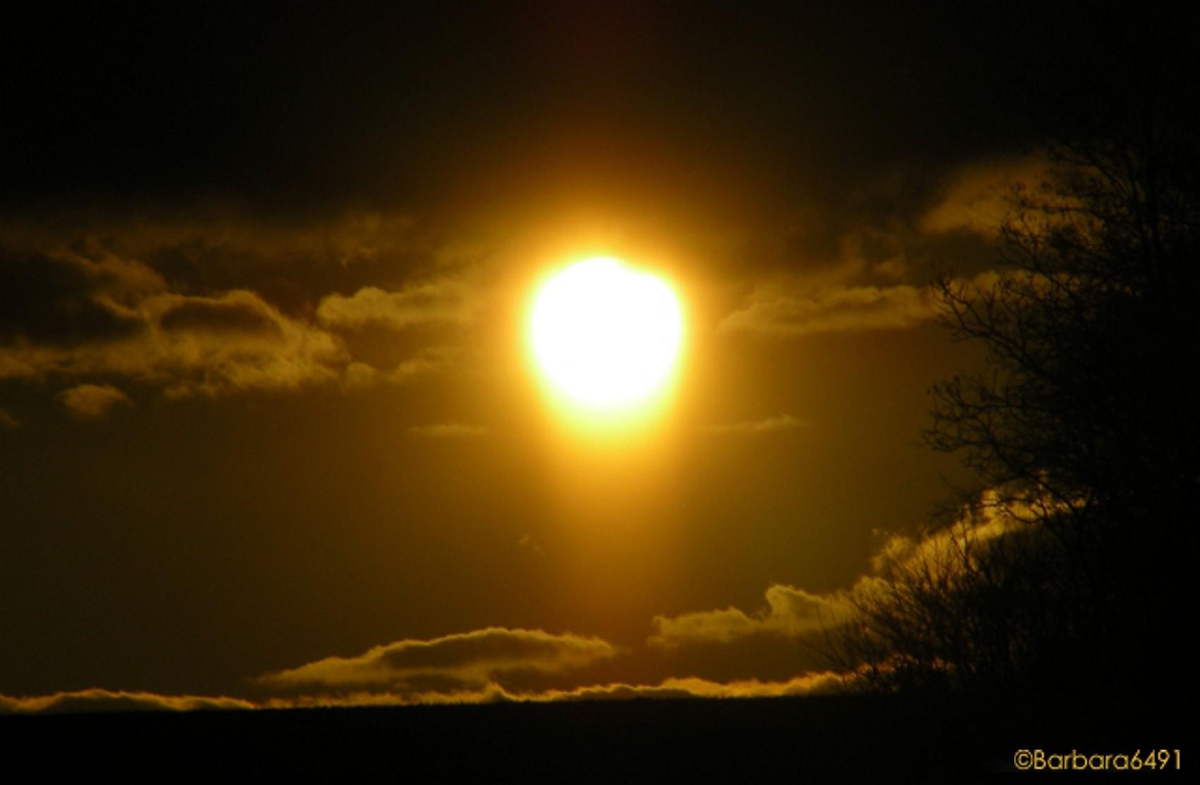Gold'ne Abendsonne, wie bist du so schön...