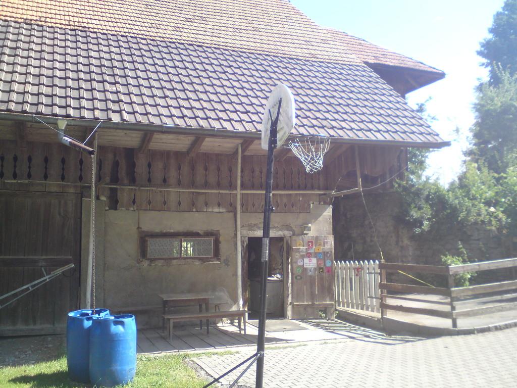 Esthi's-Ponyfarm im Sommer