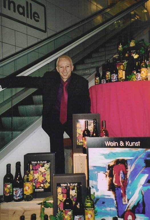 """""""Wein und Kunst"""" Karstadt AG, Duisburg, 2004."""