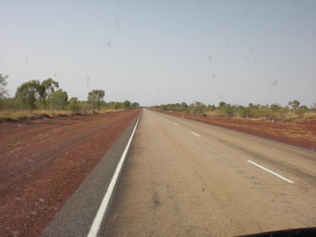 Fahrt von Darwin nach Alice Springs und Uluru