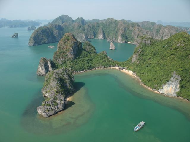 Die  Top 5 Tipps  für  Nord-Vietnam. Tipps und Tricks für deine Reise nach Südostasien Asien. Erlebe Dschungel, Kultur, Bauwerke und Strände mit freaky travel präsentiert von freaky finance