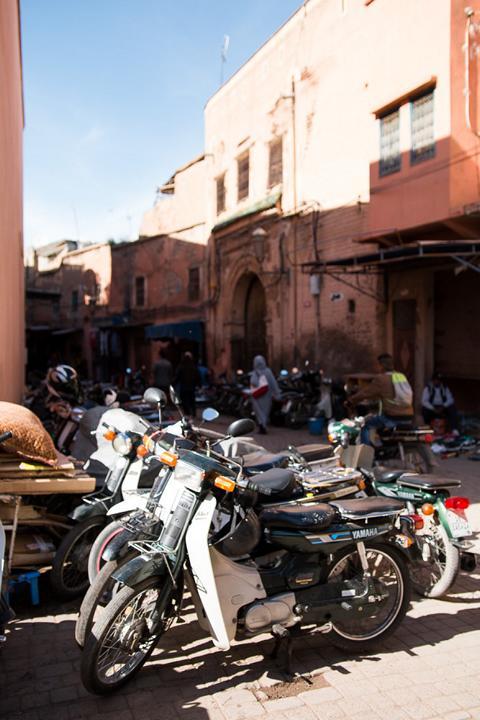 Ein Blick in die verwinkelten Gassen der Medina