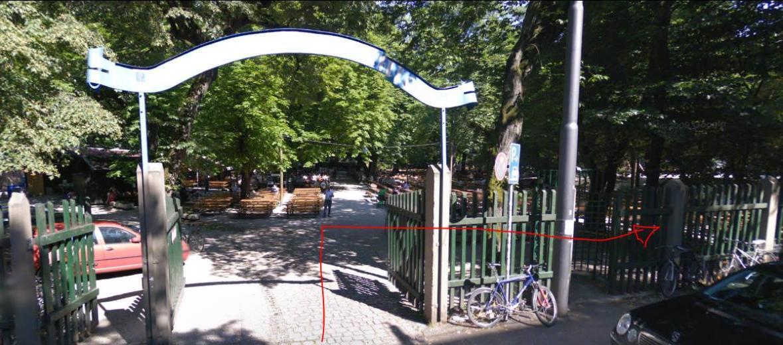 Seiteneingang Zirkus-Krone-Straße (Screenshot von Google Maps)
