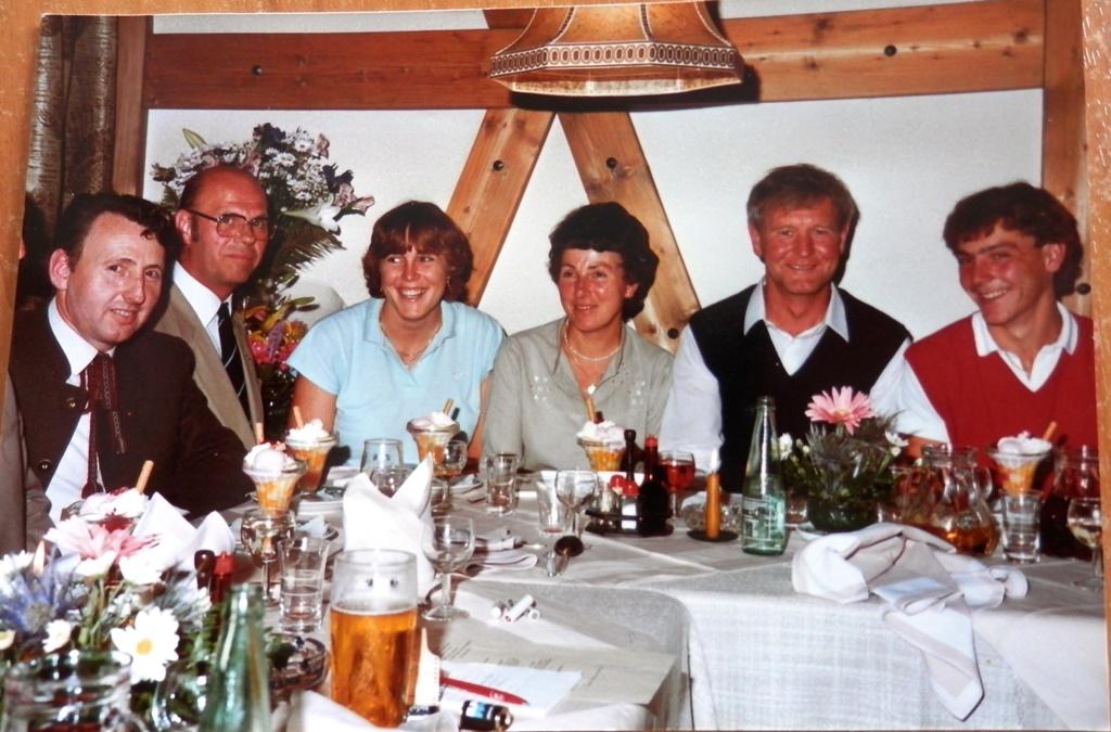 1984 - Fam. Kronbichler m. Wimmer Peter und Loder Alois