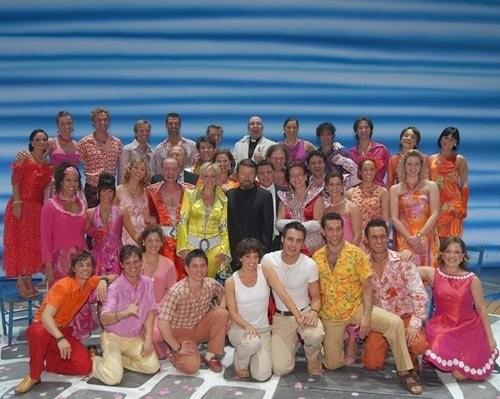 das gesamte Ensemble mit Björn Ulvaeus