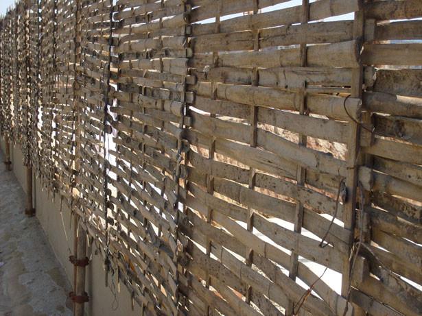 Clôture de bambou par Peter Griffin  http://www.publicdomainpictures.net/view-image.php?image=17158&picture=cloture-de-bambou