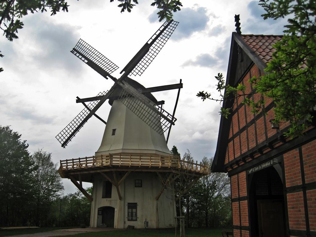 Windmühle Tonnenheide - steinerner Achtkant - Hochzeitsmühle von Rahden