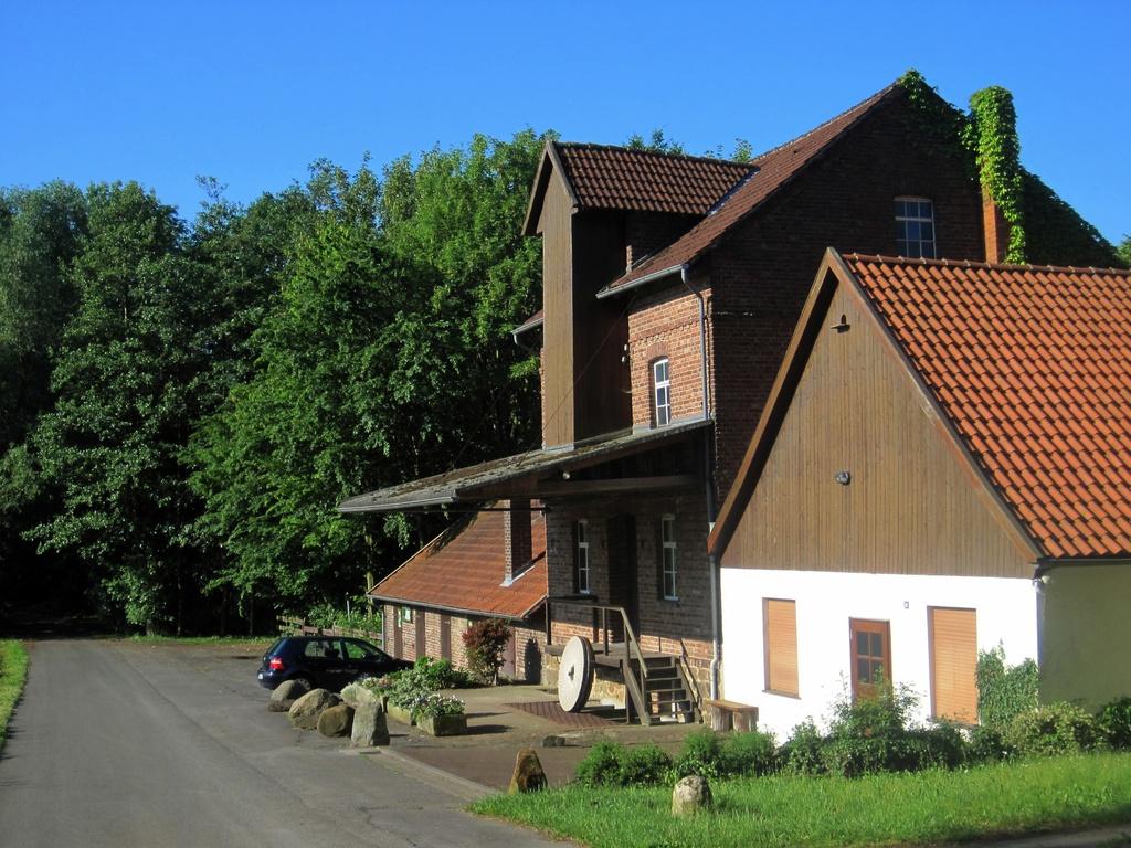 """Gebäude der """"Schönen Mühle"""" in Bergkirchen"""