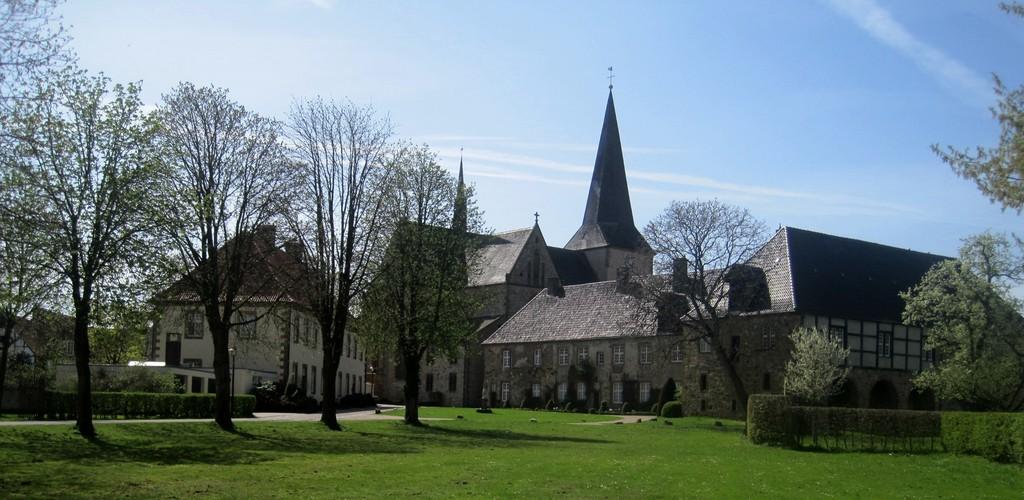 Benediktinerinnenabtei Herzebrock – gegründet 860 n. Chr.