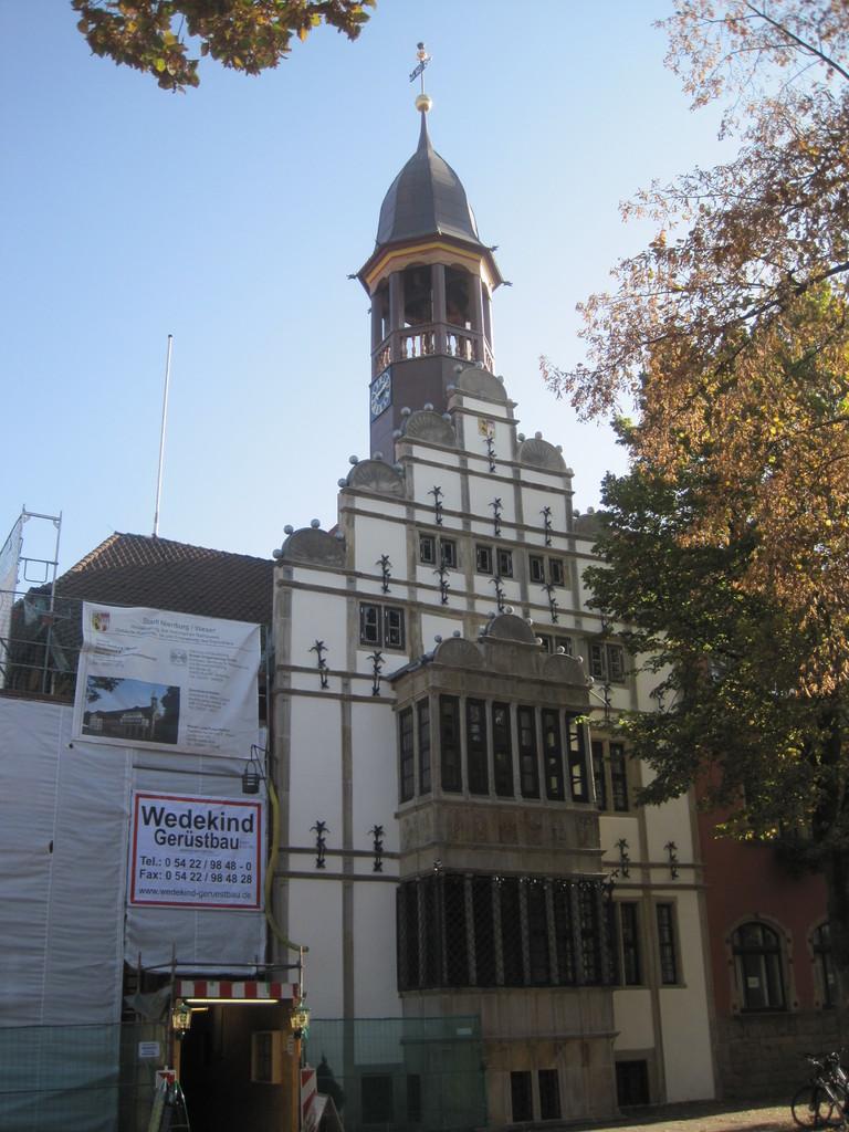 historisches Rathaus mit Weserrenaissance-Giebel