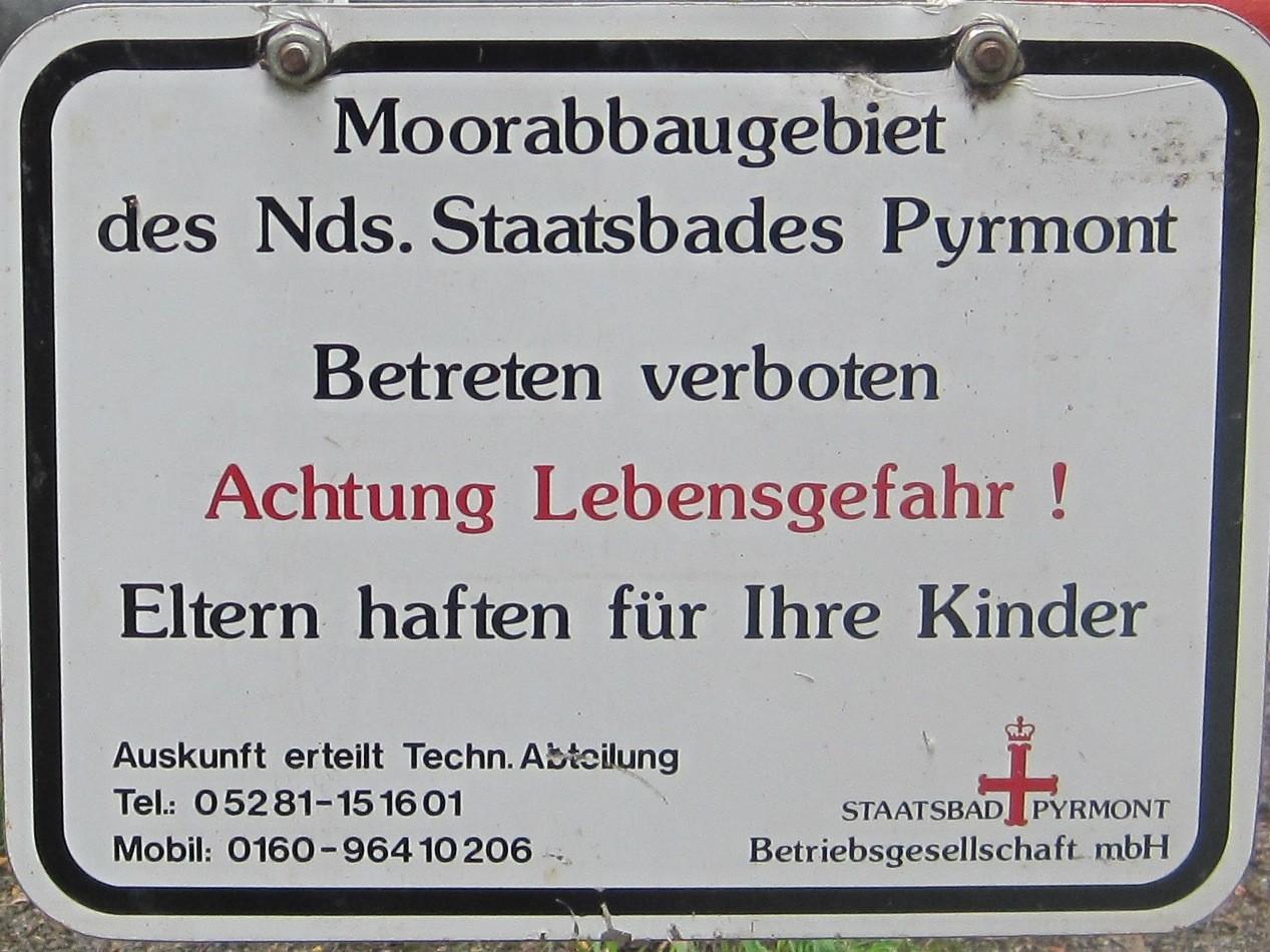 Hinweisschild an der Bad Pyrmonter Abgrabungsstelle