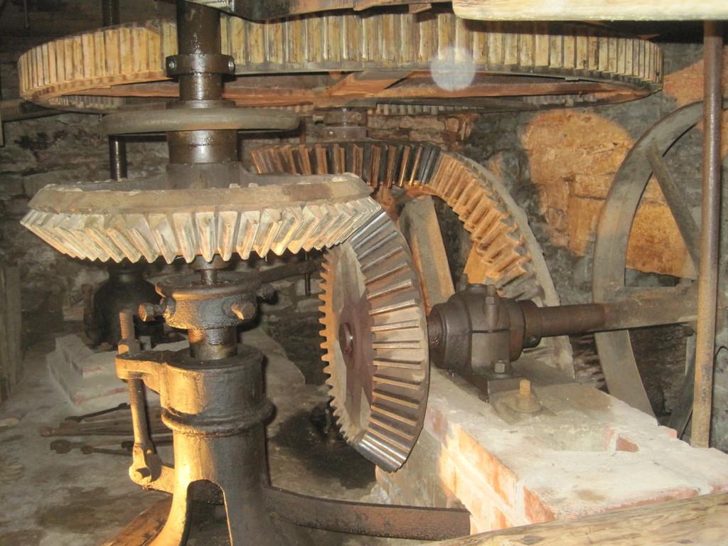 gusseisernes Getriebe in Hartings Wassermühle