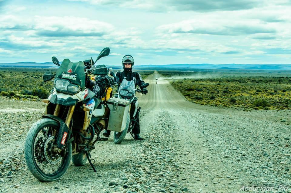 Nosso cliente Piu, viajando  com sua moto equipada com as malas Idea-pro.