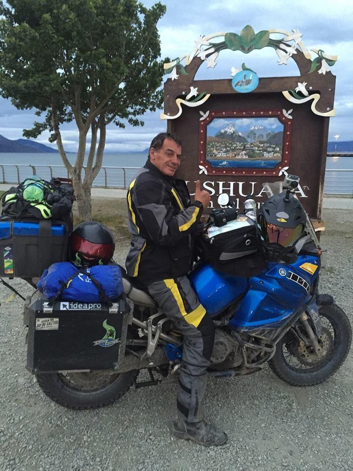 Olha aí o Edson Mesadri com a STela no Ushuaia....