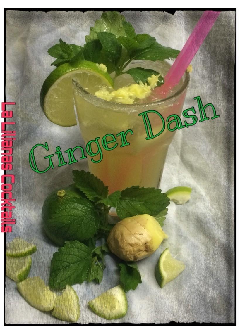 Ingwersirup, Limettensaft. Apfelsaft, Ginger Ale, mit frischem Ingwer und Minze garniert