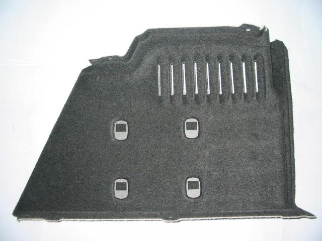 Fianchetto posteriore baule con struttura portante  in PP/Natural Fiber  e agganci reti mobili