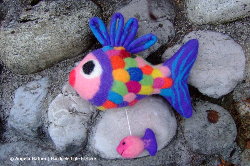 Regenbogenfisch als Spieluhr aus Filz