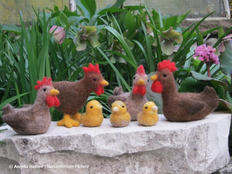 Hühner und Küken aus Filz