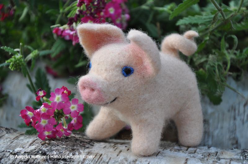 Rosa Schweinchen aus Filz