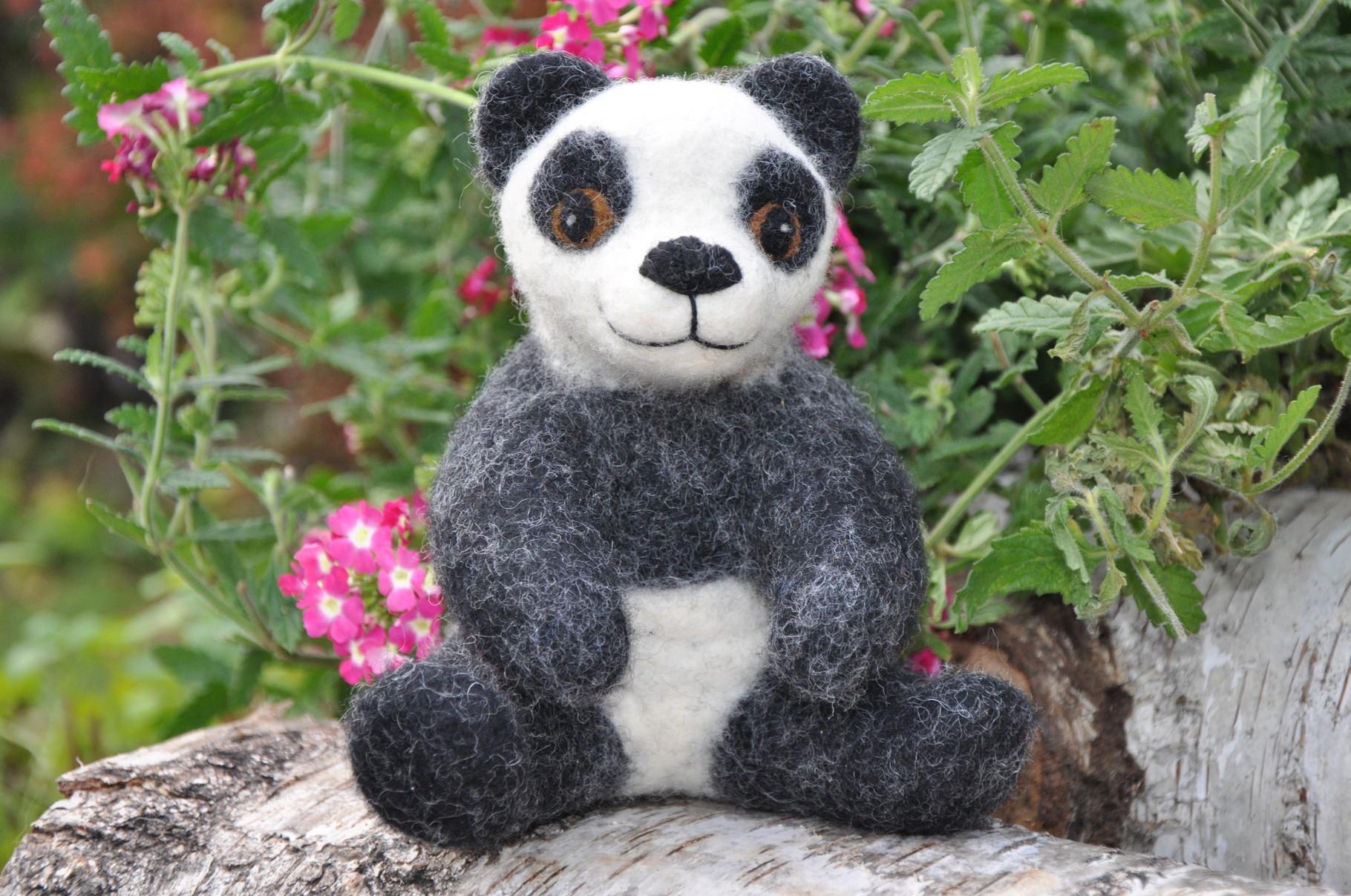Pandabär  aus Filz