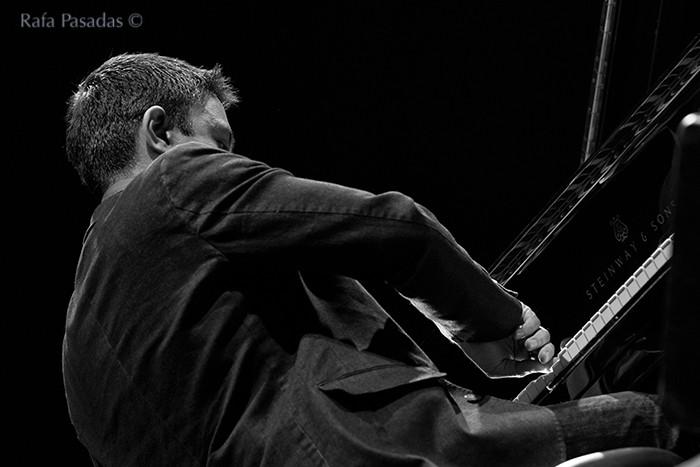 Vijay Iyer al Piano. Vijay Iyer Trio en el XXI Festival de jazz y blues de Pontevedra. Mayo 2013