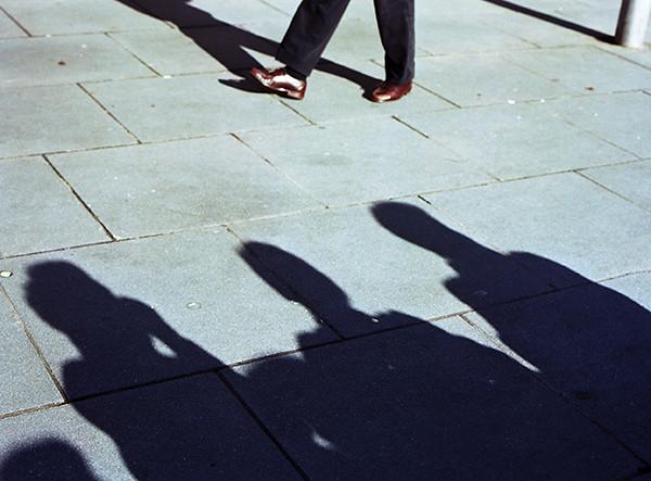 Sombras y pies. Santiago de Compostela