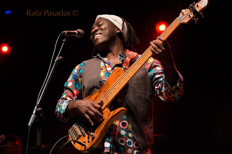 Richard Bona en el festival de jazz y Blues de Pontevedra. Julio 2014