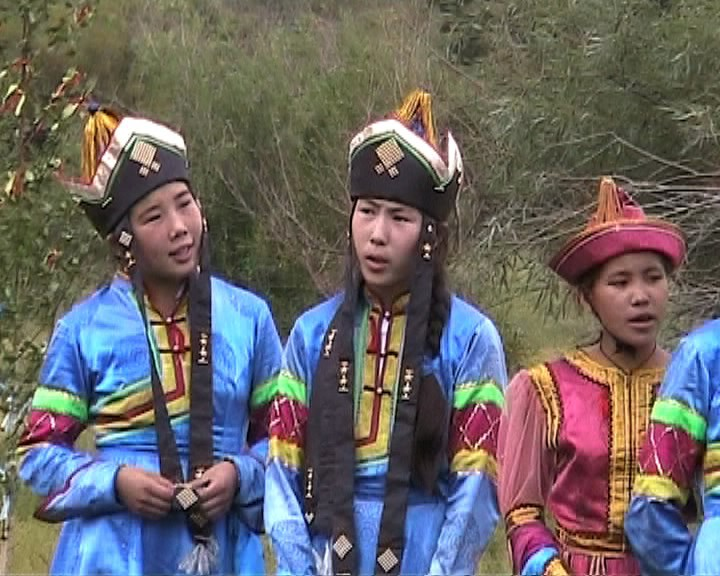 Children singing at Initiation Ceremony