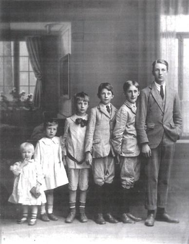 Some of the children of C.F.C.Luxmoore, with Marion Perkin's mother on the left.