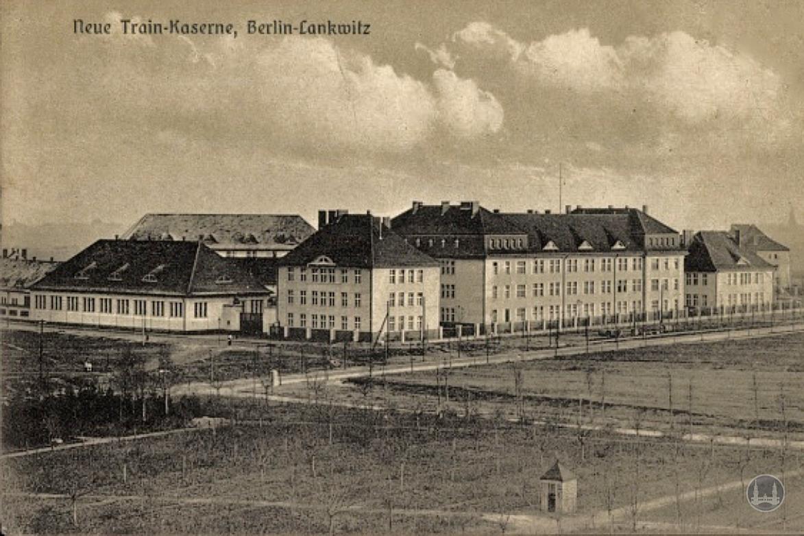 Bunker Eiswaldtstraße in Berlin - Lankwitz. Ansicht der Kaserne Gallwitzallee nach Fertigstellung.