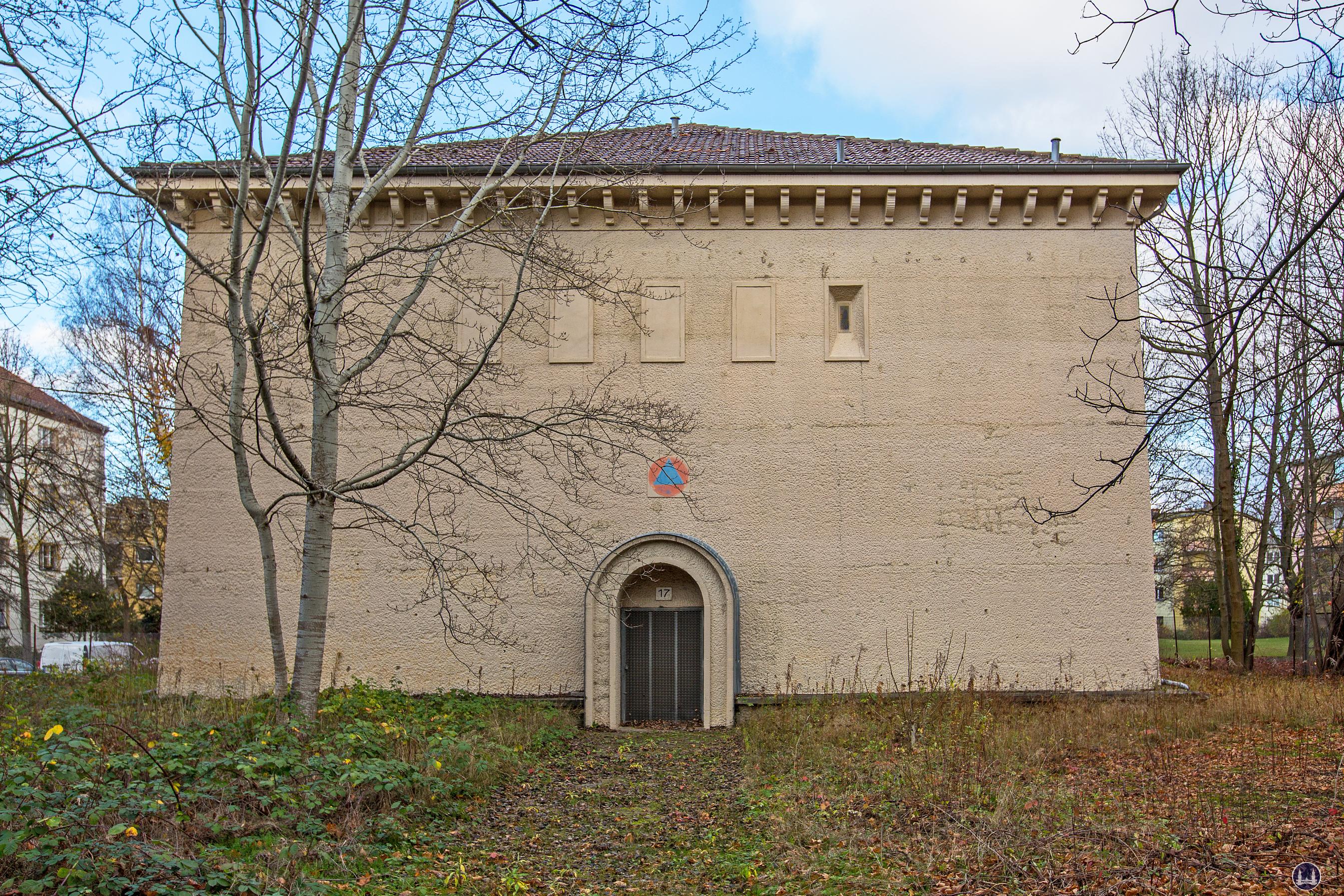 Bunker Eiswaldtstraße in Berlin - Lankwitz. Aussenansicht.