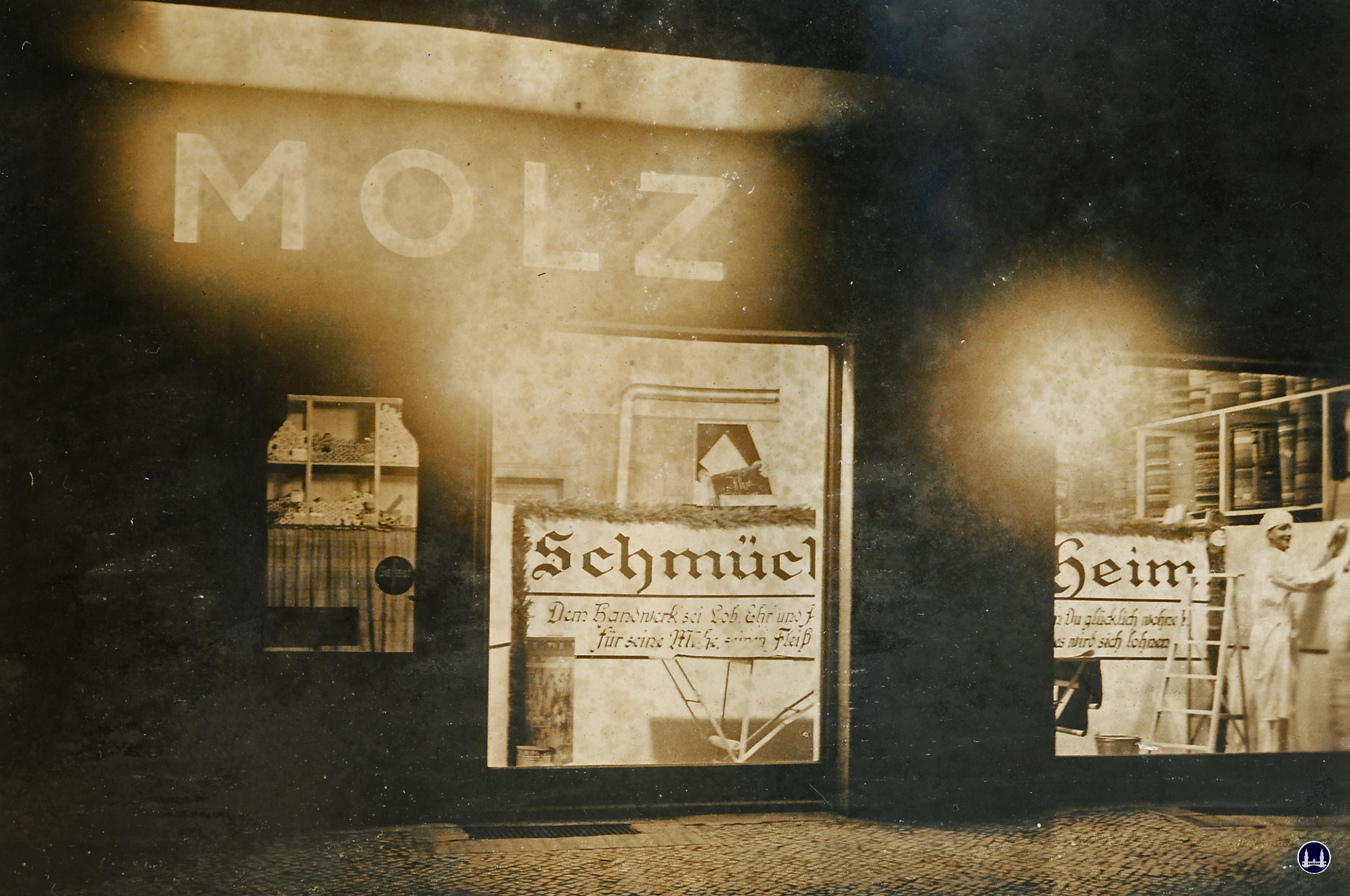 Molz Raumdesign am Mariendorfer Damm. Ausstellung Schmückendes Heim.