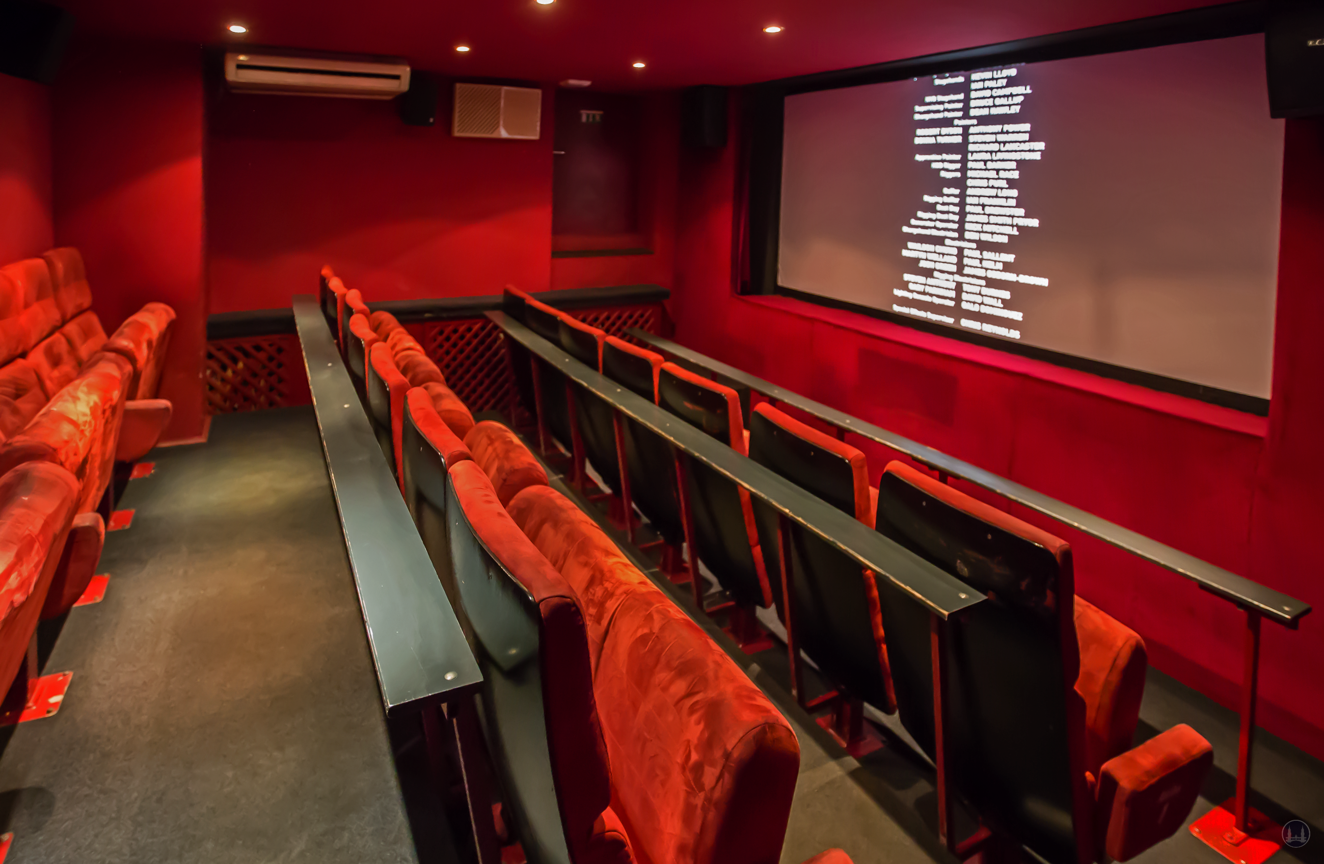 Berlin. Das Kino Thalia in Lankwitz. Kleiner Kinosaal.