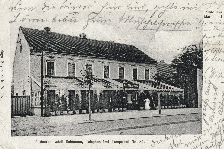 Ehemaliges Restaurant Wilhelm Freiberg Berlin - Mariendorf. Postkarte des zweiten Gebäude.