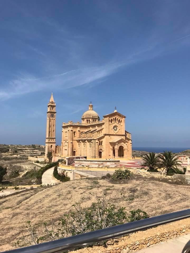 Gozo, visit Gozo, Basilika, Ta' Pinu, Malta, Wallfahrtsort, Wunder, Retreat, Mina Moonlight, Benitaljo, Auszeit, Reisebericht, Blogger, Mittelmeer