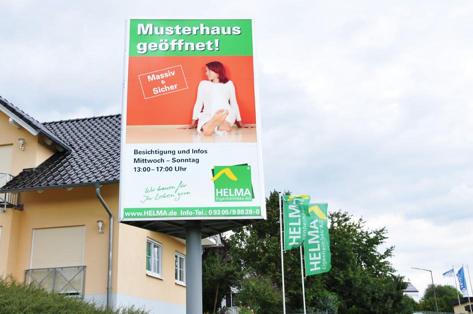 Helma Fertighaus, Beklebung Werbeanlage, Werbetechnik