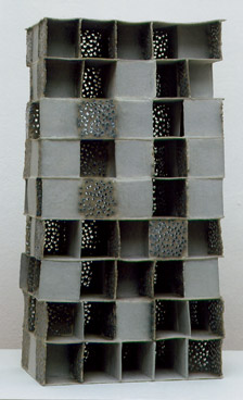 Hochhaus 3  Paperclay Glasperlen  2001