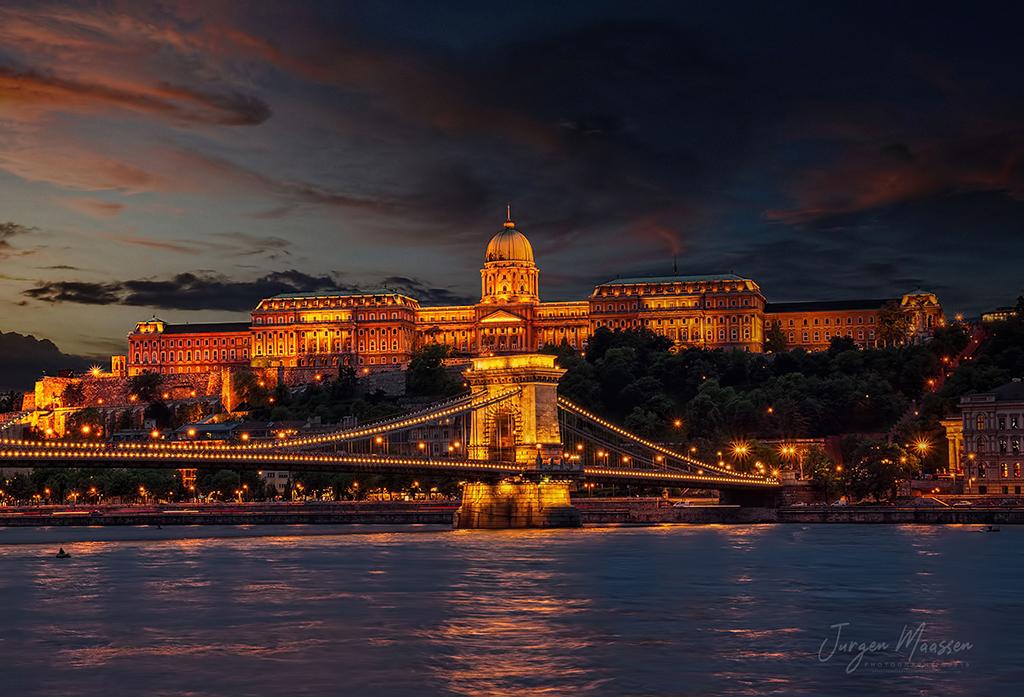 Boedapest, Kettingbrug + Burcht - Budapest, Chain Bridge + Buda Castle.