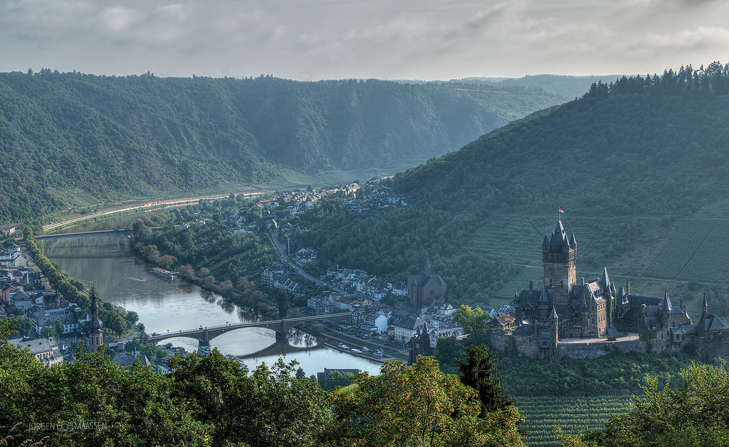 Cochem aan de Mosel - Cochem at the river Mosel.
