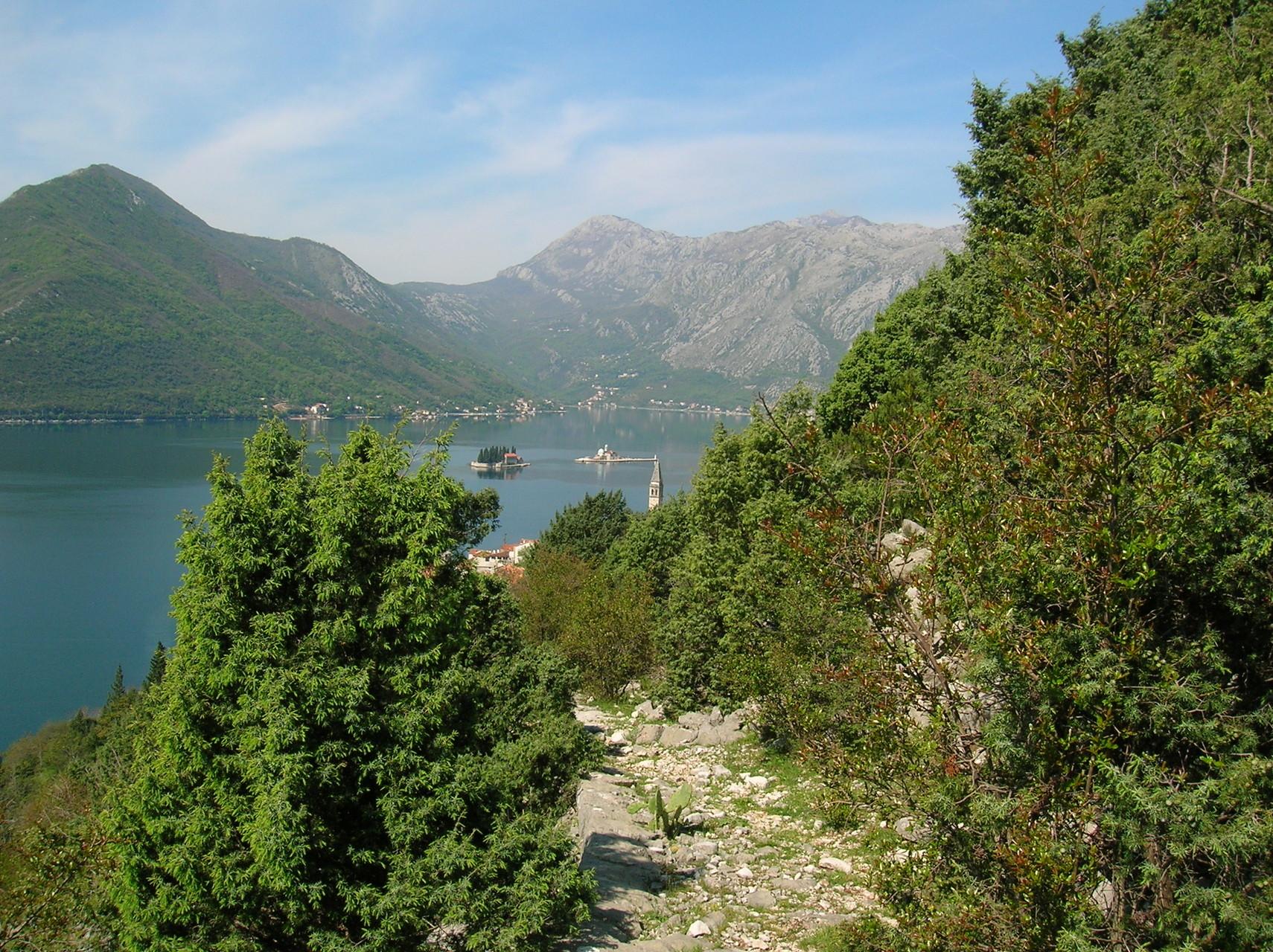 Aufstieg von Perast zum Vranovo Brdo