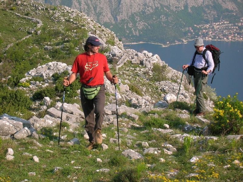 Küstenwandern in der Bucht von Kotor