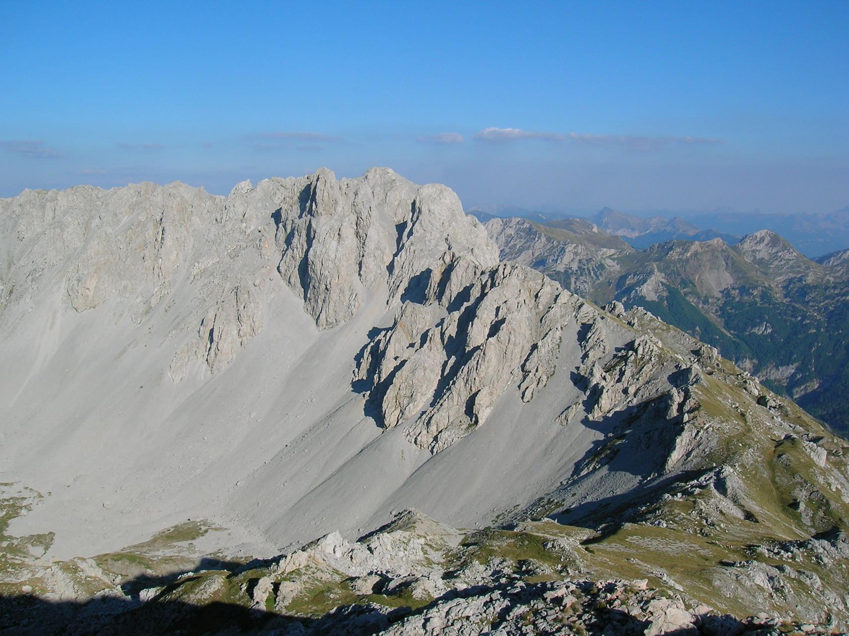 Schotterfelder im Komovi-Gebirge in Nordmontenegro