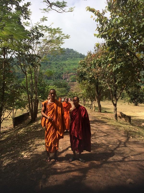 Mit dem Roller zum Vat Phou bei Champasak