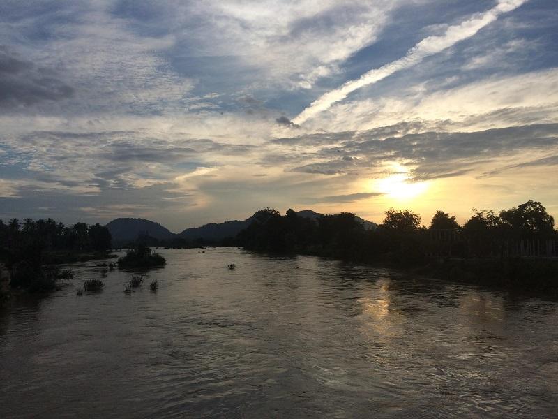 Sunset auf der Brücke
